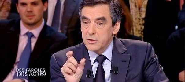 Francois Fillon invité le 2 février 2012 de l'émission Des Paroles et Des Actes ( France 2 - Capture d'écran )