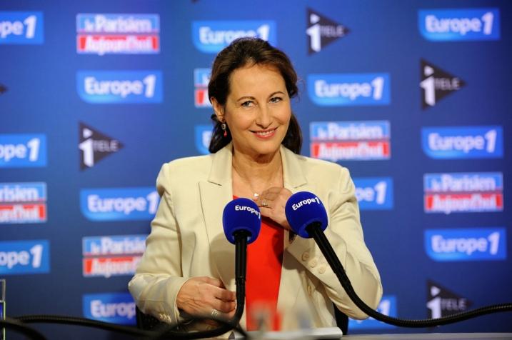 Ségolène Royal dans les studios d'Europe1, le 19 février 2012 - © Razak