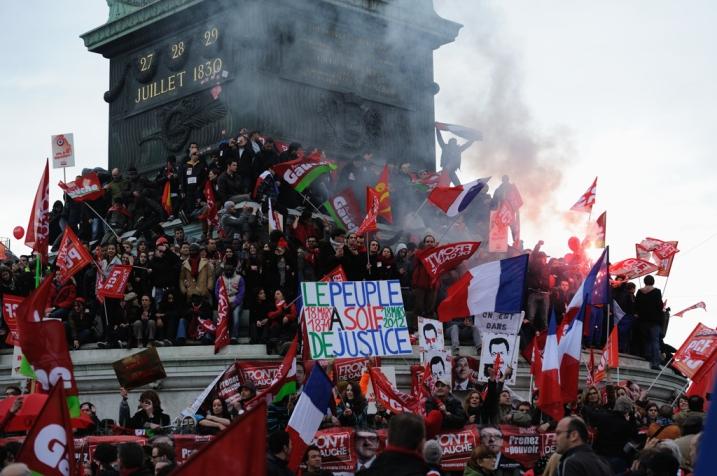 La Bastille, le 18 Mars 2012, après le discours de Mélenchon - © Razak