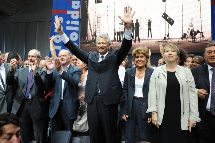 D. de Villepin en 2010 avec à sa droite B. Girardin - © Razak