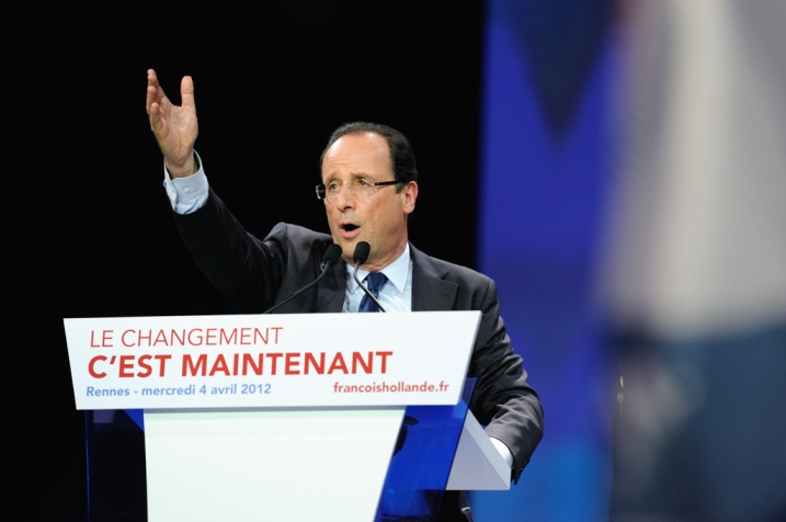François Hollande termine son discours à Rennes - © Razak