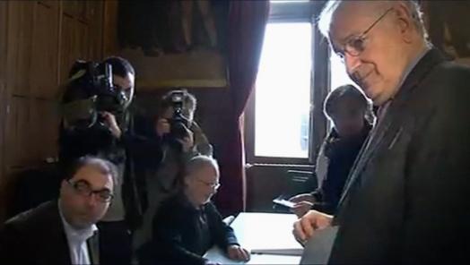Jacques Cheminade a voté à Paris dans le XXème Arrdt