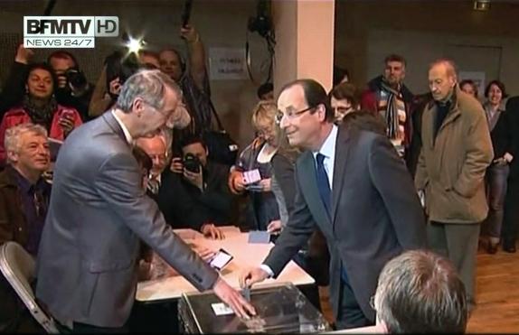 François Hollande a voté à Tulle, en Corrèze, pour le 1er Tour de la présidentielle