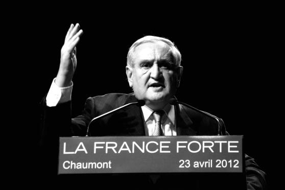 """JP. Raffarin en """"soutien"""" à N. Sarkozy - cc UMP Photos / Ze Rédac"""