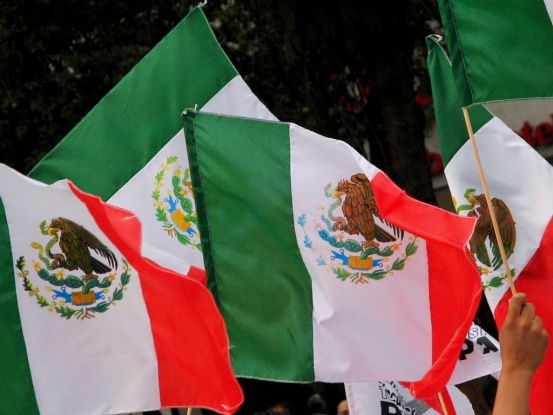 Drapeaux Mexicains - Photo cc Cristiano Oliveira